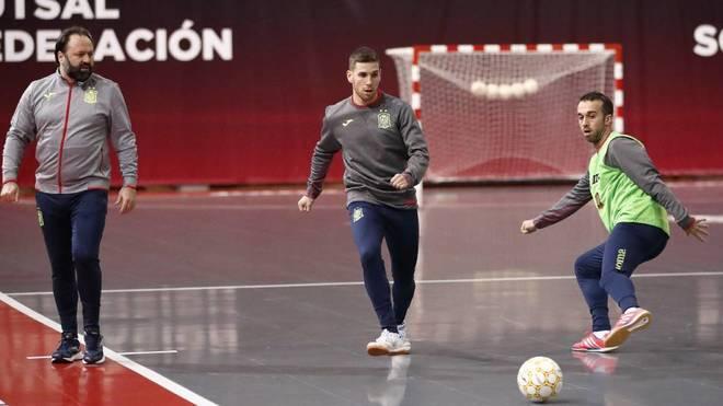 Fernando y Adri, durante un entrenamiento con la selección española.