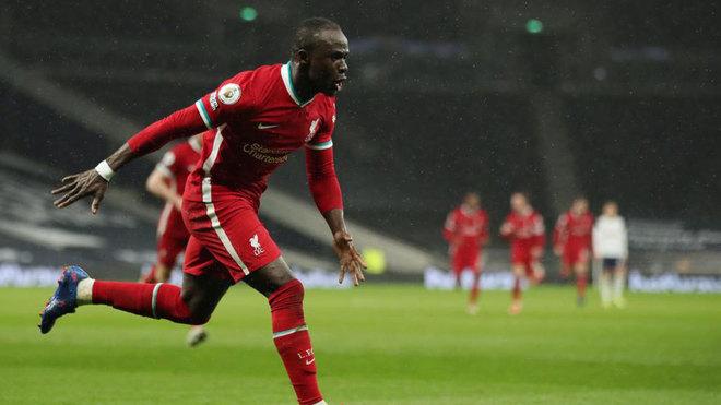 Mané celebra su gol al Tottenham.