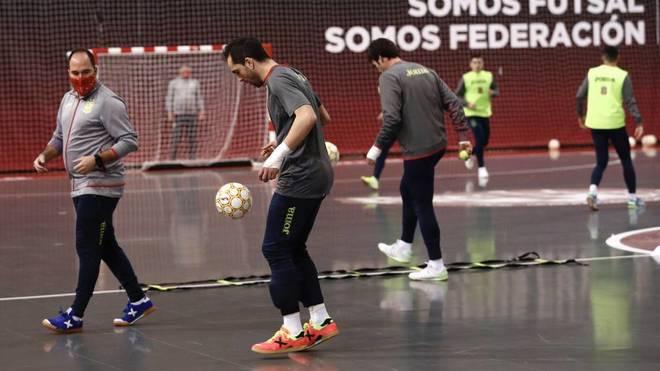 Jesús Herrero, durante un entrenamiento con la selección esta...
