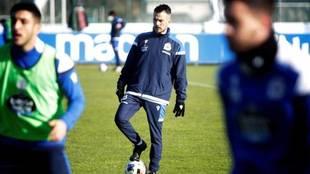 Rubén De la Barrera, en un entrenamiento del Deportivo.