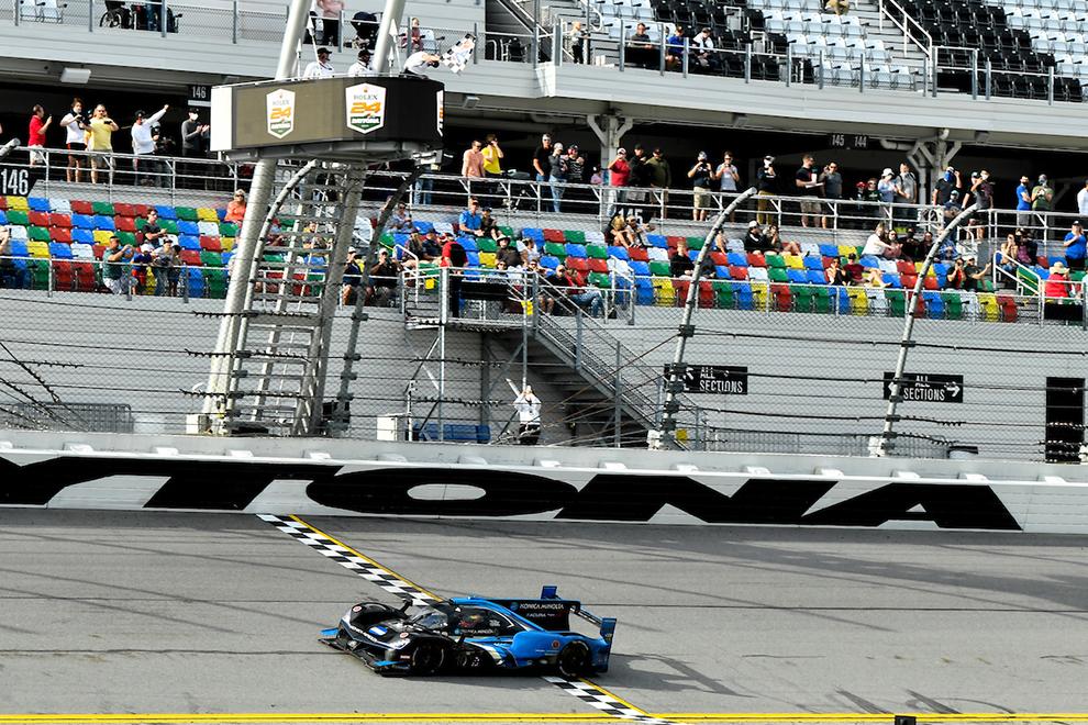 Acura consiguió una deseada victoria en Daytona.