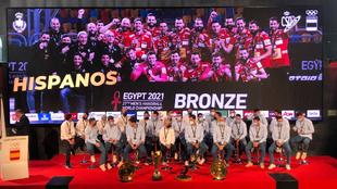 Los 'Hispanos', homenajeados en el COE tras su bronce en el...