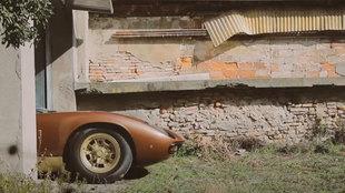 En el vídeo producido por Kidston se ve cómo el coche tuvo que salir...