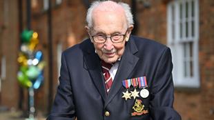 El condecorado capitán Sir Tom Moore.