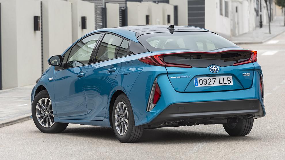 Toyota Prius híbrido enchufable 2021.
