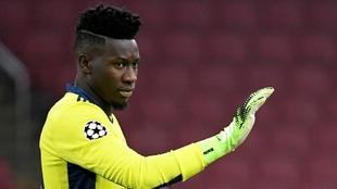 Andre Onana, fuera del fútbol por sanción de la UEFA. |