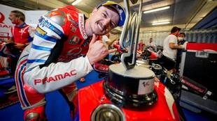 Miller, celebrando el podio obtenido en la última cita de Portugal en...
