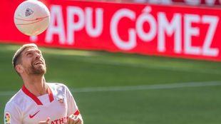 Papu Gómez (32), el día de su presentación con el Sevilla
