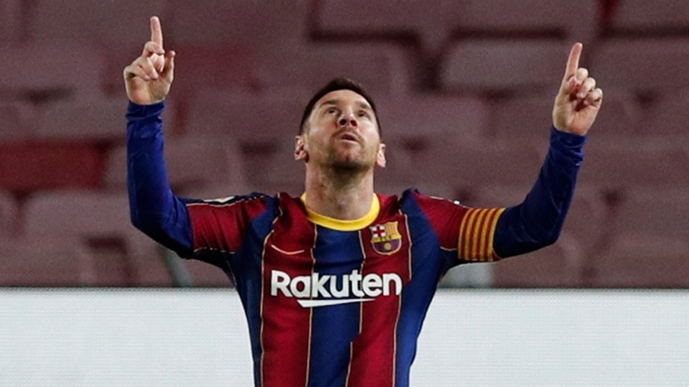Messi surpasses Ronaldo and is selected as the decade's best footballer