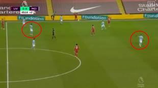 Arrasa en la Premier: así fue la corrección posicional de Mahrez a Rodri en español