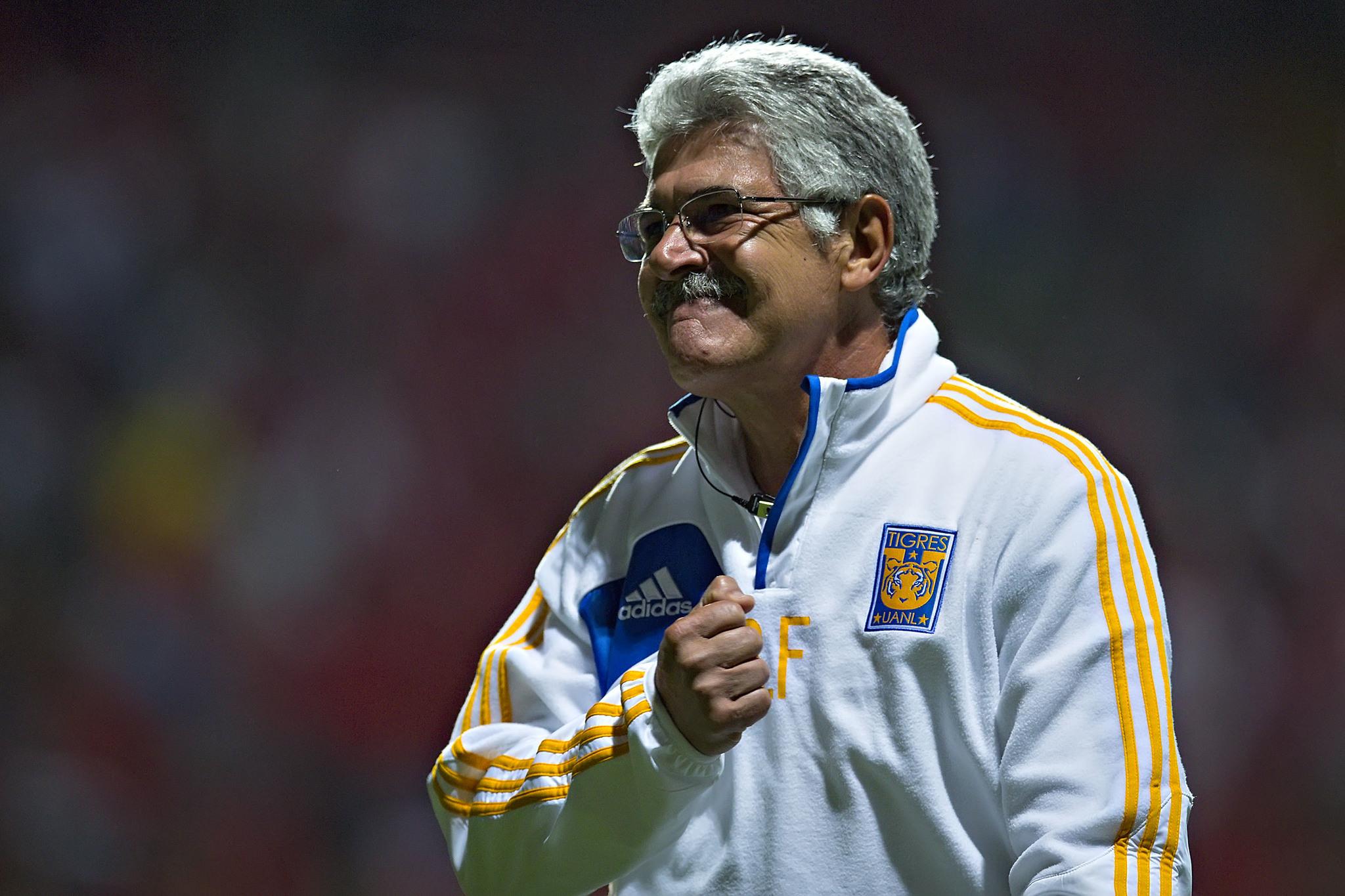 ¿Cuántas finales ha dirigido 'Tuca' Ferretti y cuáles ganó como director técnico?