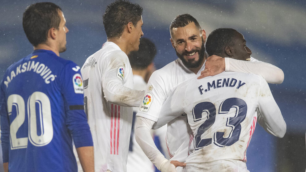 Another goal from Benzema unlocks Real Madrid