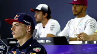 Verstappen, Alonso y Hamilton, en una imagen de 2016.