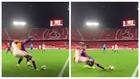 El Barça muestra otro ángulo del polémico posible penalti de Suso a Jordi Alba