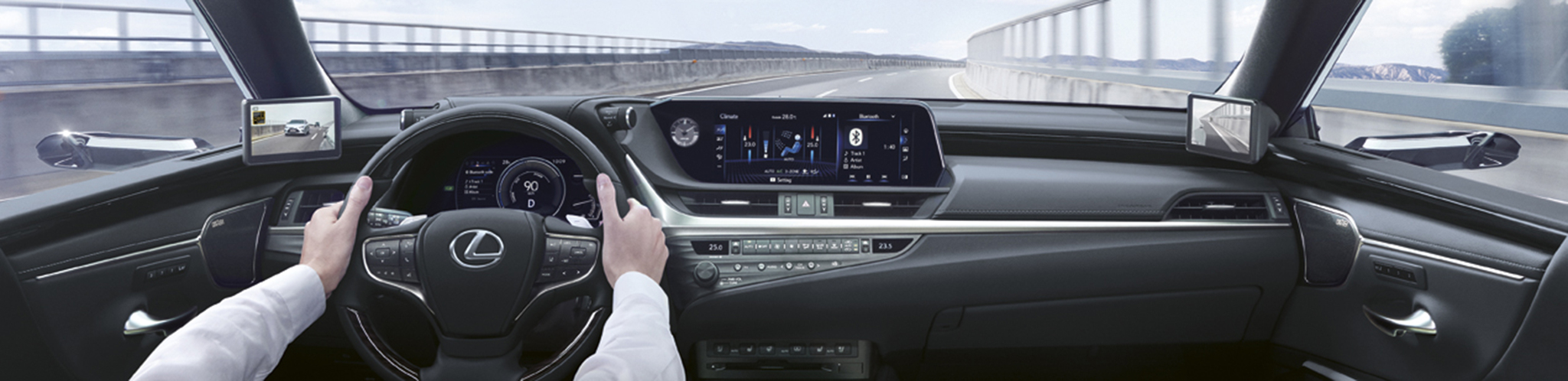 El Lexus ES 300h incorpora una pantalla multimedia de 12,3 pulgadas con Lexus Premium Navigation.