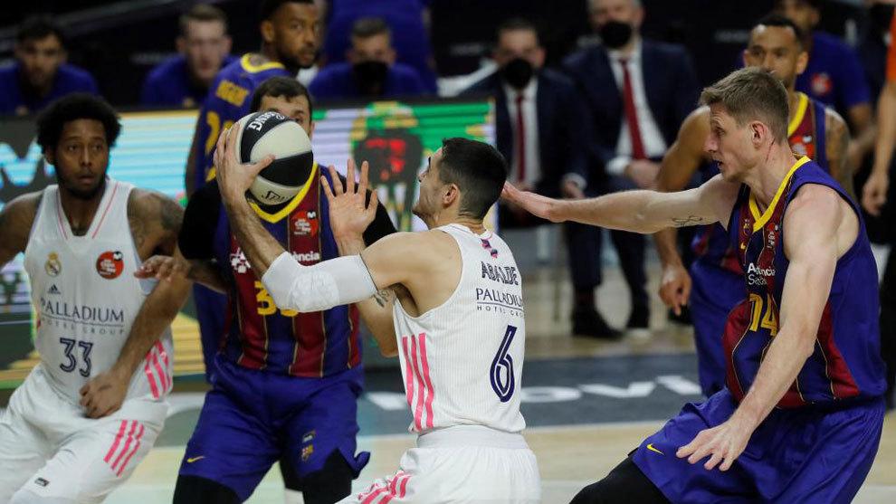 El Barça arrolla desde el inicio