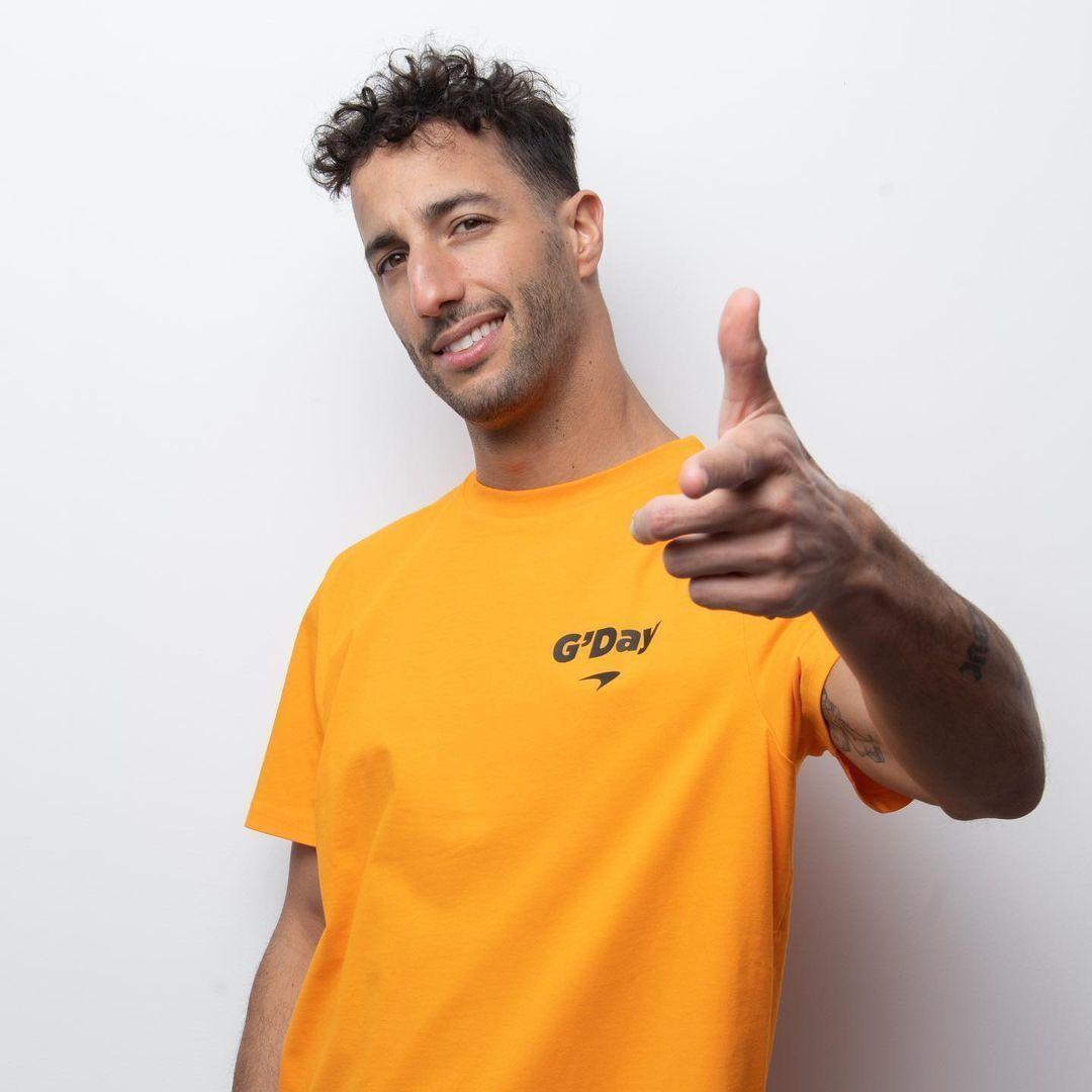 Daniel lt;HIT gt;Ricciardo lt;/HIT gt; Firma: McLaren F1