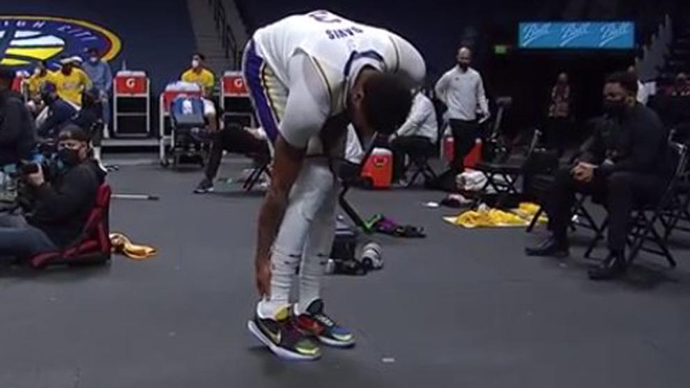 El Aquiles de Anthony Davis siembra el pánico en los Lakers