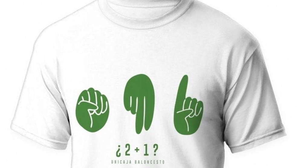 Camiseta conmemorativa del '2+1' a Abromaitis que ha puesto a la venta...