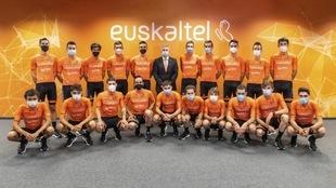 El Euskaltel Euskadi al completo.