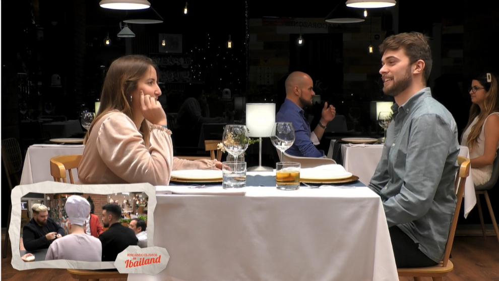 La pareja que estrenó el First Date de Ibai