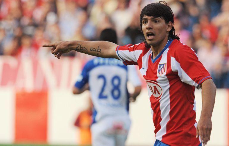 El Kun en sus inicios en el Atlético