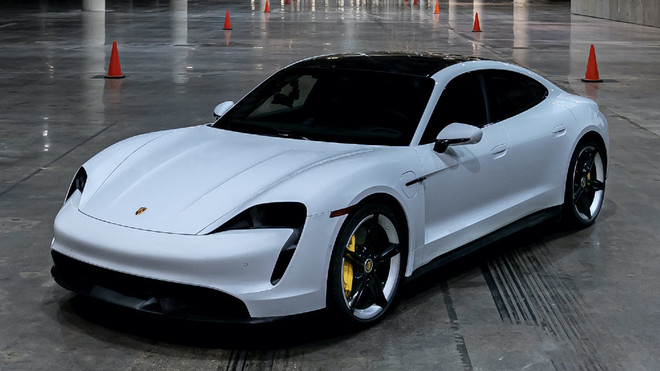 El Porsche Taycan, el primer deportivo eléctrico de la marca alemana.