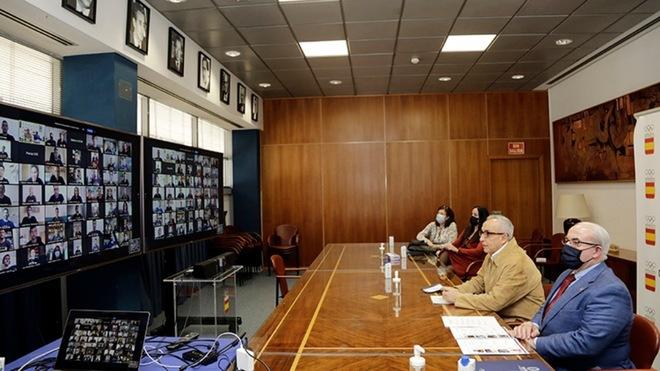 Alejandro Blanco y José Luis Mendoza, en un encuentro con los...