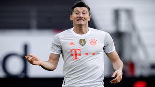 'Lewy', durante el choque ante el Eintracht.