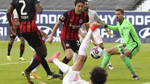 Bayern Munich cae ante el Eintracht Frankfurt en la Bundesliga.