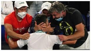 Djokovic, con el resto de su equipo