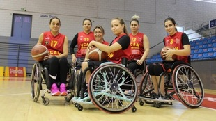 Las seis jugadoras del UCAM Murcia BSR.