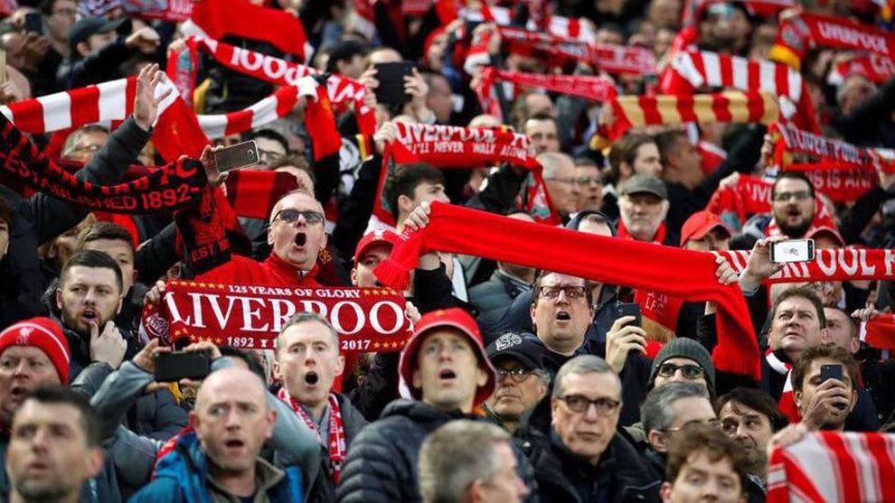 La Premier dejará entrar a los estadios a 10.000 aficionados a partir del 17 de mayo