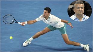Novak Djokovic, durante el Open de Australia, y su padre.