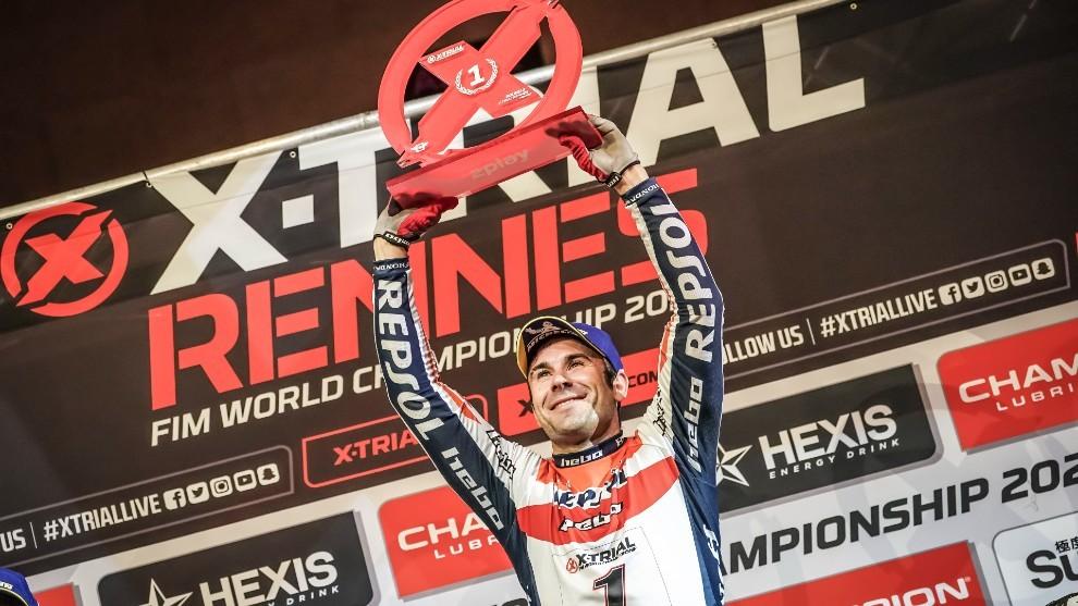 Toni Bou recibe en Andorra su 14º título 'indoor'