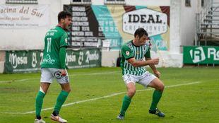 Celebración de Diego Cervero el pasado domingo al marcar su gol 140...