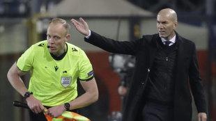 Zinedine Zidane, durante el partido ante la Atalanta