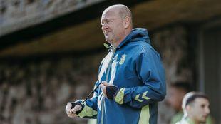 Pepe Mel, durante un entrenamiento del equipo canario