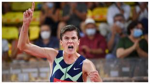 Jakob Ingebrigtsen tras batir el récord de Europa de 1.500 metros al...