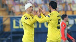 Gerard celebra su segundo tanto con Parejo.