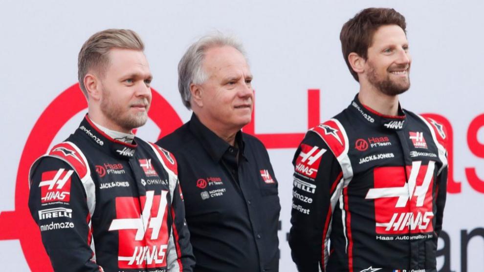Haas, junto a Magnussen y Grosjean.