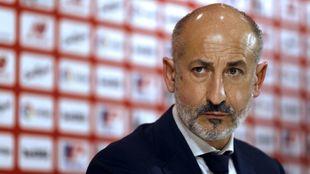 Elizegi presidente de Athletic, en su última rueda de prensa en San...