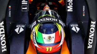 Checo Pérez realiza su primera vuelta rápida con el auto de Red...