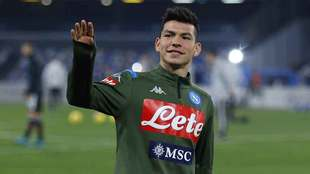 Napoli podría vender al Chucky Lozano para sanear sus finanzas.