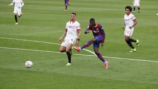 Dembélé marcó el 0-1 del Barcelona al Sevilla con este zurdazo.
