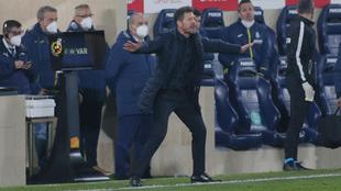 Diego Simeone durante el partido ante el Villarreal.