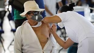 Vacuna Covid-19 en México: ¿A quiénes les toca la vacuna hoy?