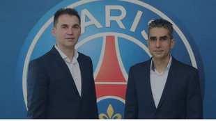 La pareja de técnicos entrenadores Raúl González y 'Jota'...