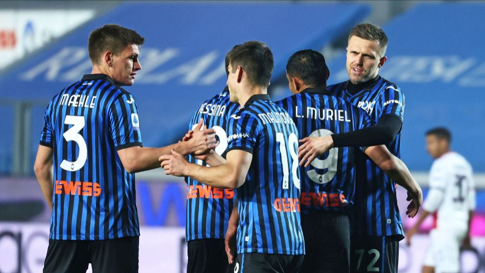 Josip Ilicic and his teammates