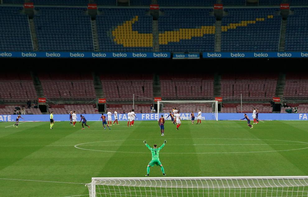 Celebración de un gol del Barça ante el Sevilla.